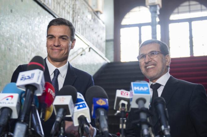El presidente del Gobierno español, Pedro Sánchez, y el primer ministro marroquí, ayer, en Rabat