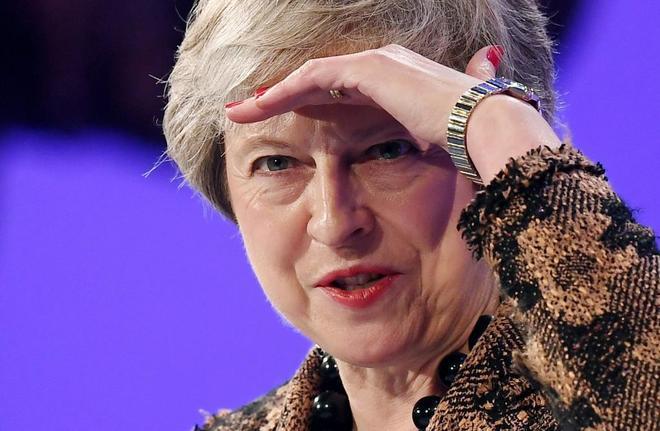 Theresa May, ayer, antes de su discurso en la Confederación de la Industria Británica (CBI), en Londres.