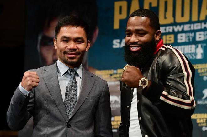 Manny Pacquiao (izda) y Adrien Broner, durante la presentación de la pelea del 19 de enero.