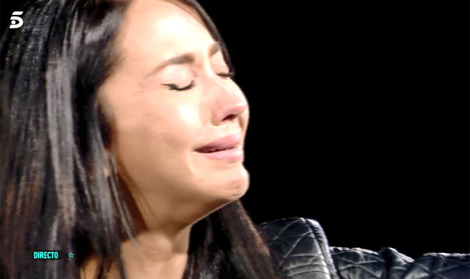 Aurah Ruiz llora sin consuelo durante 'GH VIP: Límite 48 horas'.