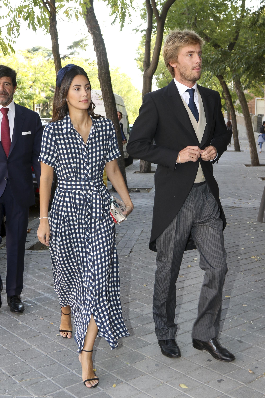 26865d52c9 Alessandra de Osma y Christian de Hannover en la boda de Maria Vega  Penichet Fierro y Fernando Ramos de Lucas. FOTO  GETTY IMAGES