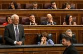 Josep Borrell, frente a Gabriel Rufián, el miércoles en el Congreso.