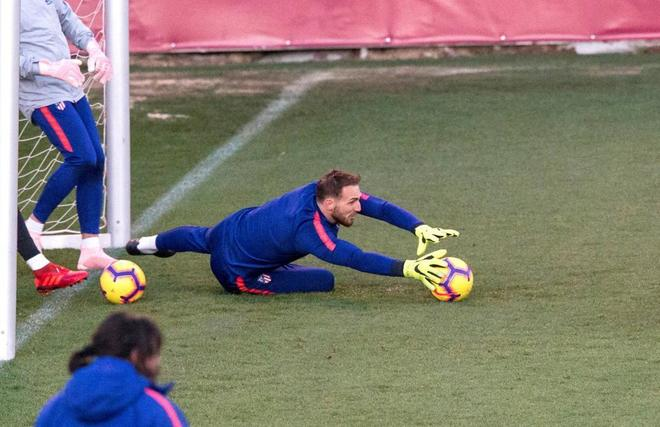 Oblak, durante un entrenamiento reciente del Atlético.