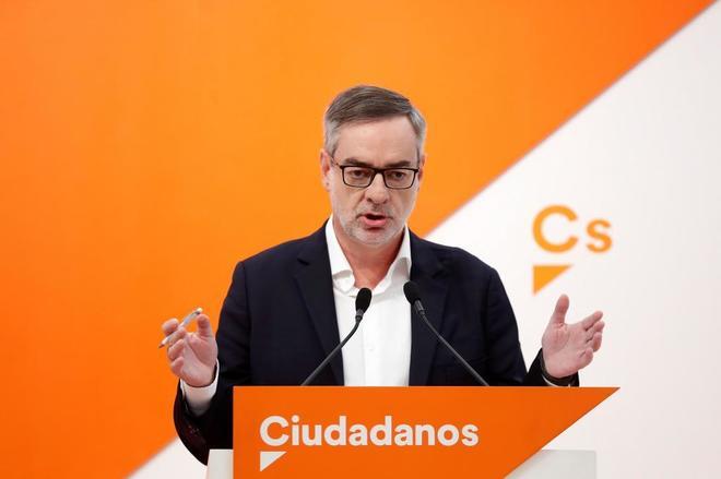 """Ciudadanos rechaza de plano pactar con el PSOE: """"Ningún voto servirá para que Díaz sea presidenta"""""""