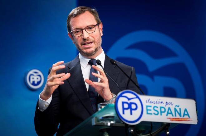 """El PP pasa al ataque contra """"el populismo"""" de Vox: """"Sus socios europeos llevan lacitos amarillos"""""""