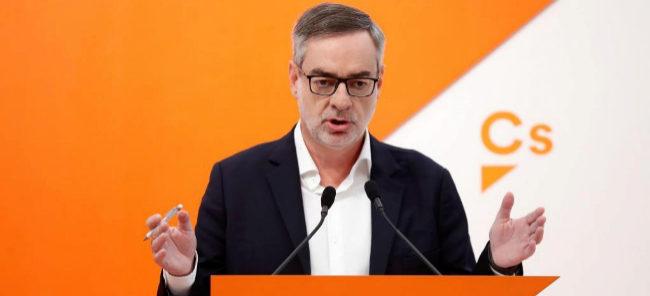 """Ciudadanos rechaza de plano pactar con el PSOE: """"Ningún voto de Cs servirá para Díaz"""""""