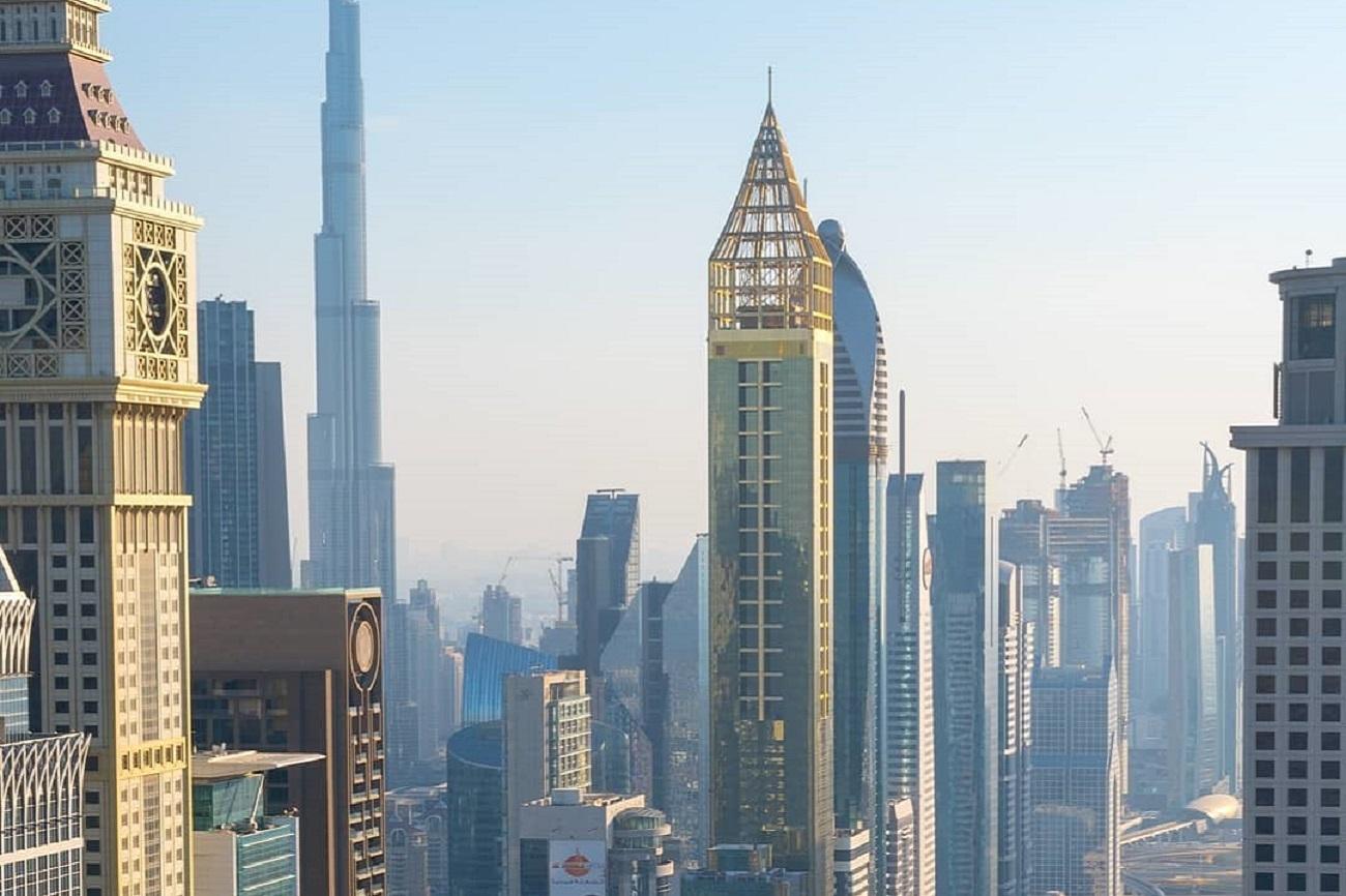 La competición por erigir el edificio más alto del mundo siempre ha...