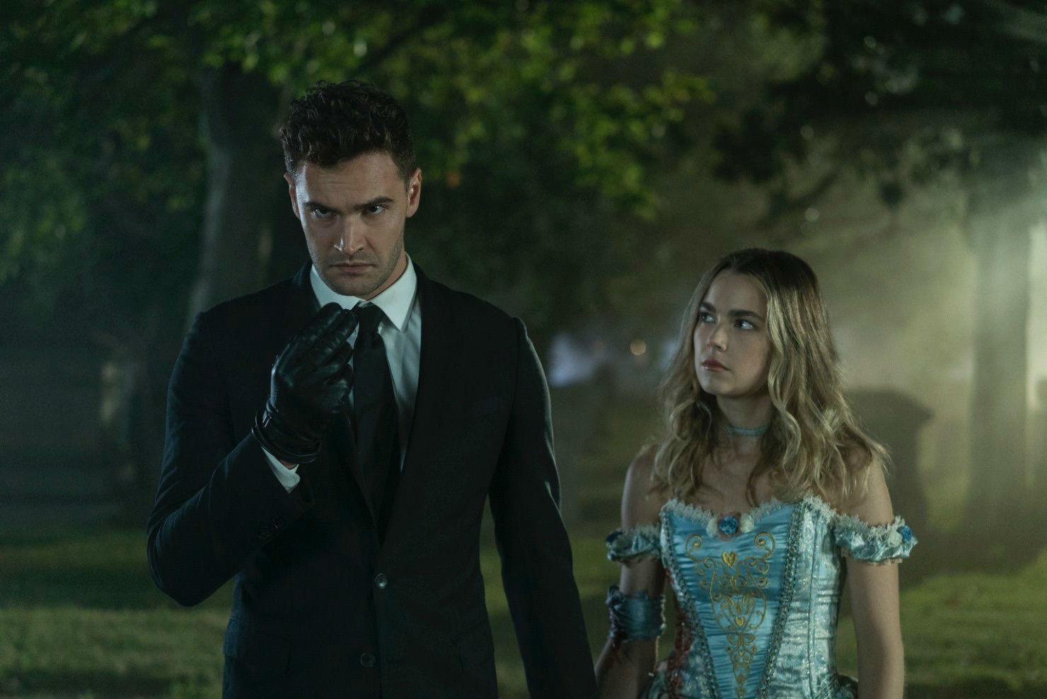 Fotograma de Into The Dark, la nueva serie de Hulu que podrá verse en...