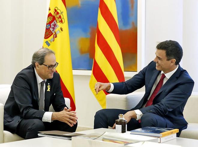 Imagen de la recepción de Pedro Sánchez a Quim Torra en La Moncloa.