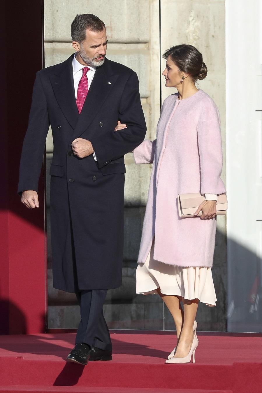 Los Reyes en la recepción oficial al presidente de la República...
