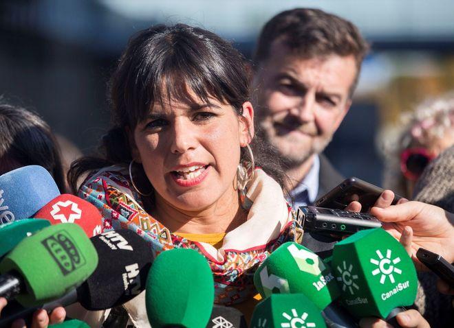 Teresa Rodríguez y Antonio Maillo en un acto electoral reciente en Huelva.