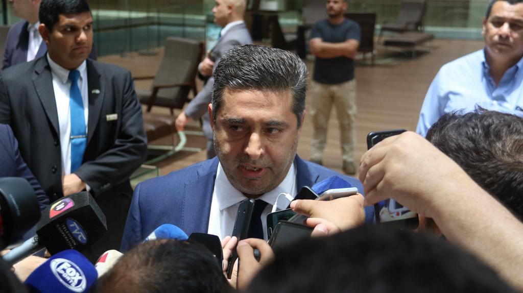 """El presidente de River Plate al de Boca Juniors: """"Deja de presentar reclamaciones y ven a jugar"""""""