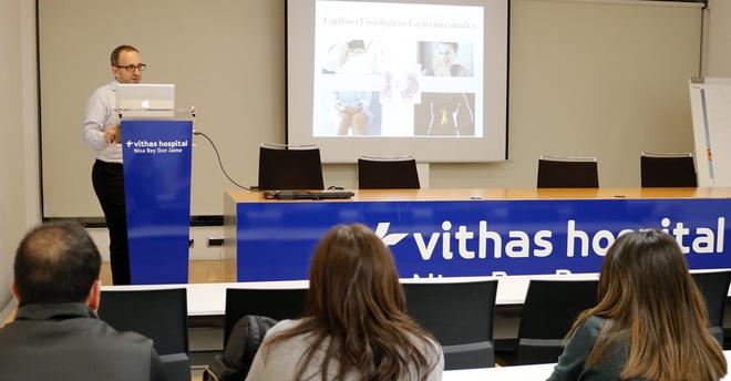 El ginecólogo José Luis Herraiz, este miércoles, durante el Aula de Salud del Hospital Vithas Nisa Rey Don Jaime..