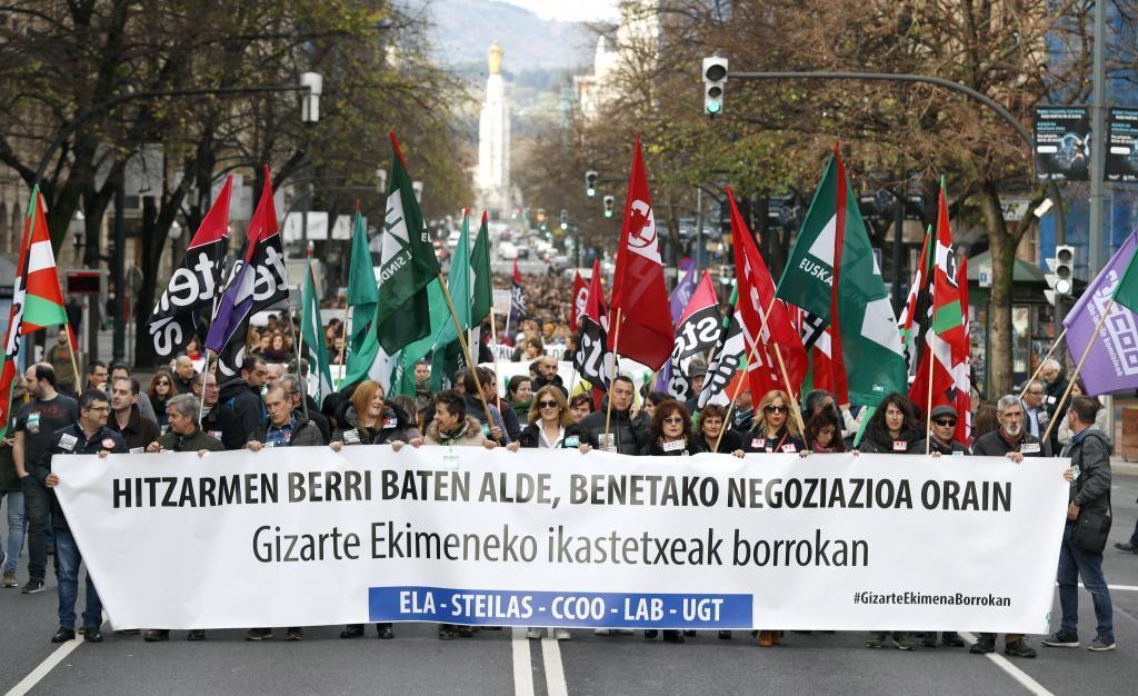 Movilización de los trabajadores de la enseñanza concertada en huelga.