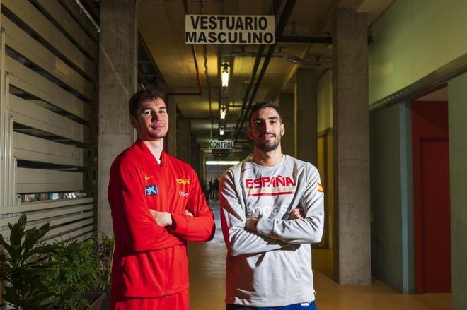 Brizuela y Jaime Fernández posan para EL MUNDO, en el pabellón Aguas Vivas de Guadalajara.
