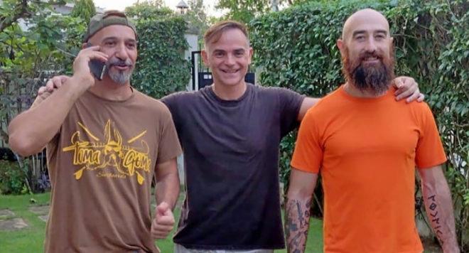 José Manuel (el legía), Orlando (el jefe del grupo) y Marco (el popeye) tras quedar en libertad en espera de juicio.