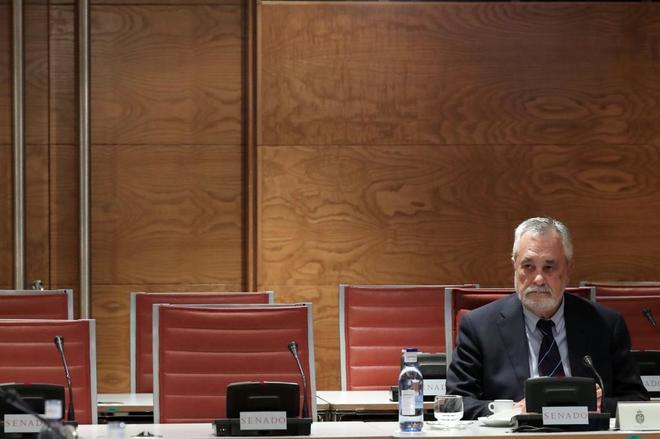 El ex presidente de la Junta de Andalucía José Antonio Griñán...