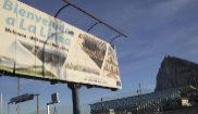 Cartel de bienvenida a la entrada de la localidad gaditana de La...