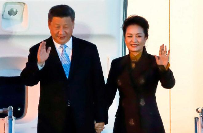 El presidente de China, Xi Jinping, y su esposa, Peng Liyuan.