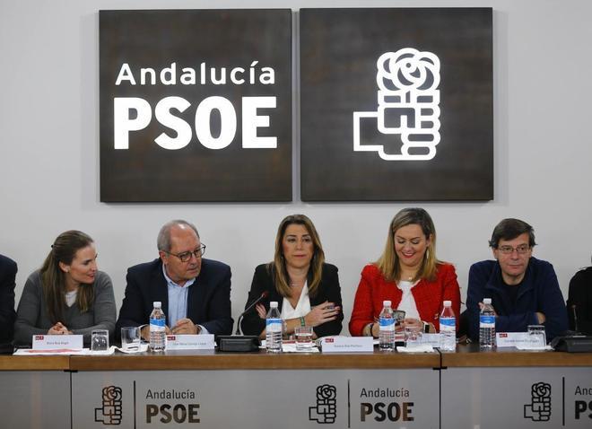 Susana Díaz preside la reunión de la Ejecutiva del PSOE andaluz tras...