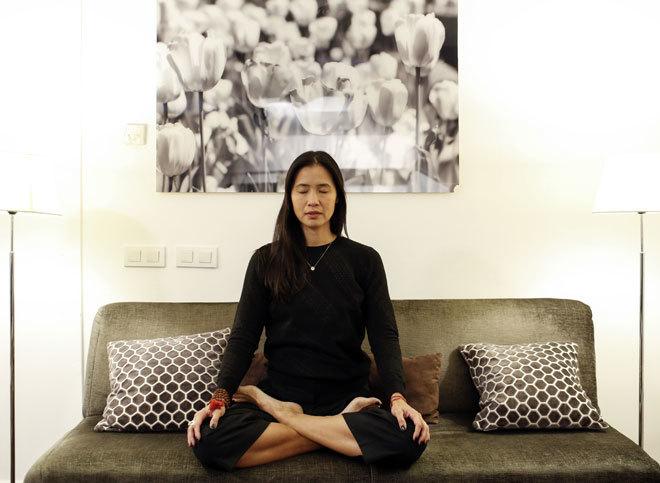 Xuan Luan, profesora de yoga en el programa OT, en un momento de meditación.