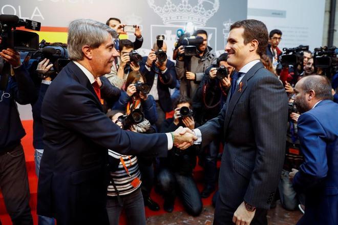 El presidente de la Comunidad de Madrid, Ángel Garrido, y el presidente del PP, Pablo Casado.