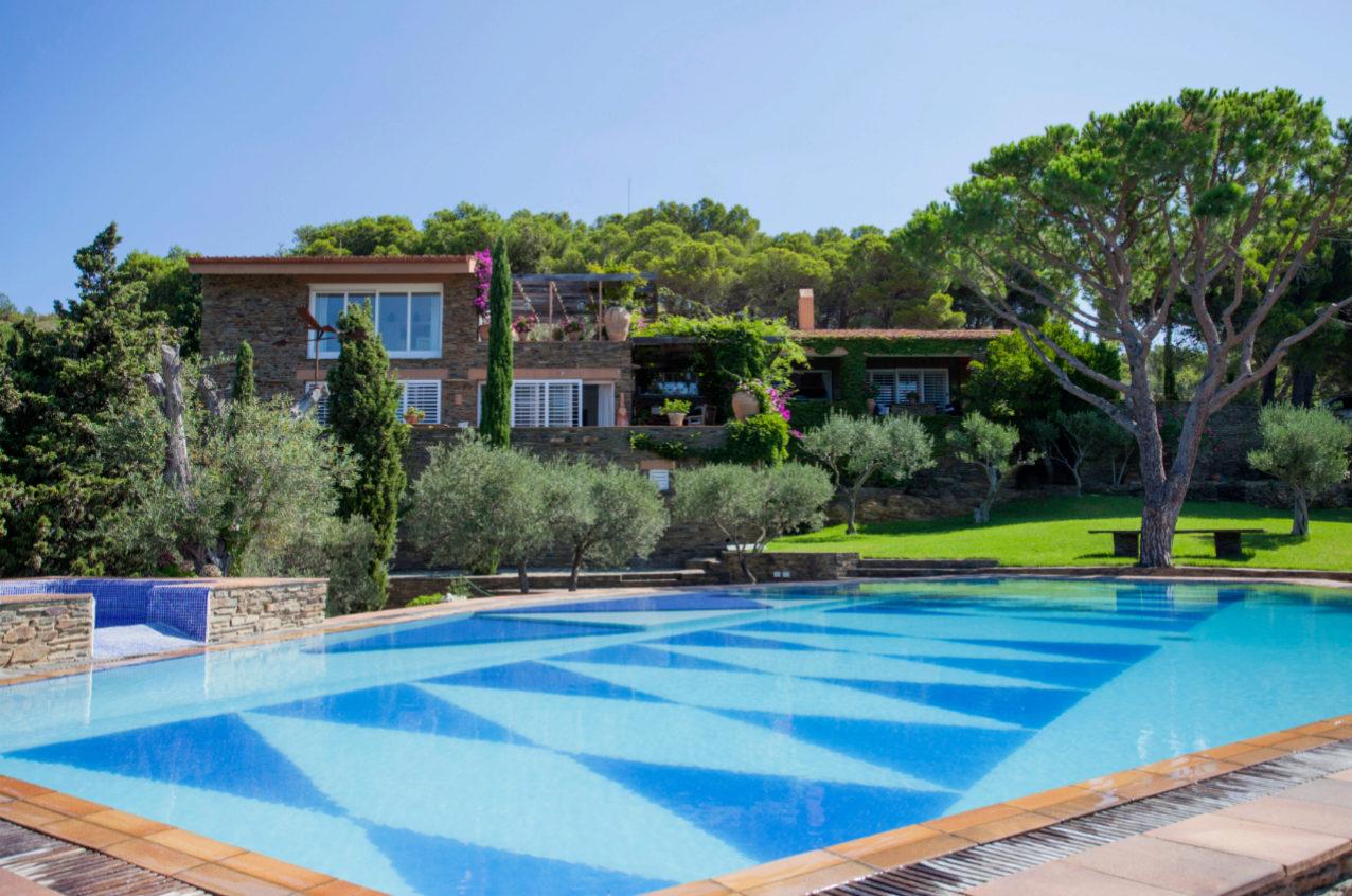 La propiedad, muy próxima al Parque Nacional del Cap de Creus, tiene...