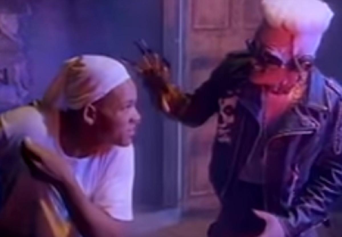 Will Smith en una de las escenas del videoclip de Pesadilla en Elm Street 4: El amo del sueño