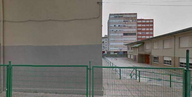 El colegio Pedro Velarde de Maliaño, en el municipio cántabro de...
