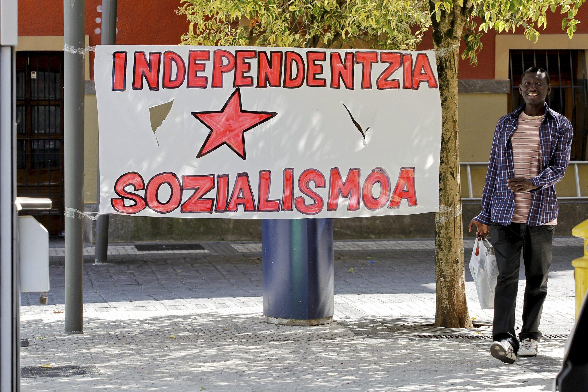 Una pancarta a favor de la independencia.