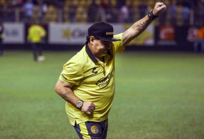 """Pelé: """"Maradona fue mucho mejor que Messi"""""""