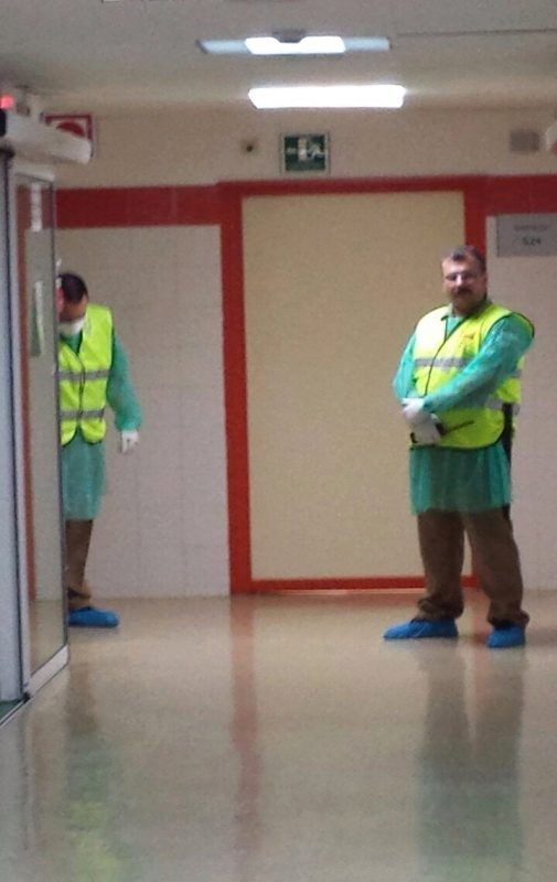 Vigilantes de hospital denuncian la falta de equipos de protección ante enfermedades contagiosas