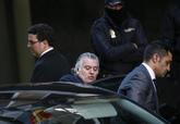 El tesorero del PP, Luis Bárcenas, abandona la Audiencia Nacional...