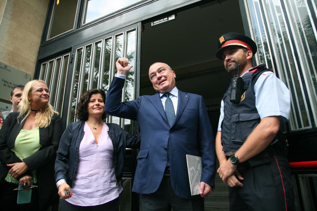 El alcalde de Reus cuando acudió a la Fiscalía a declarar por los preparativos del 1-O