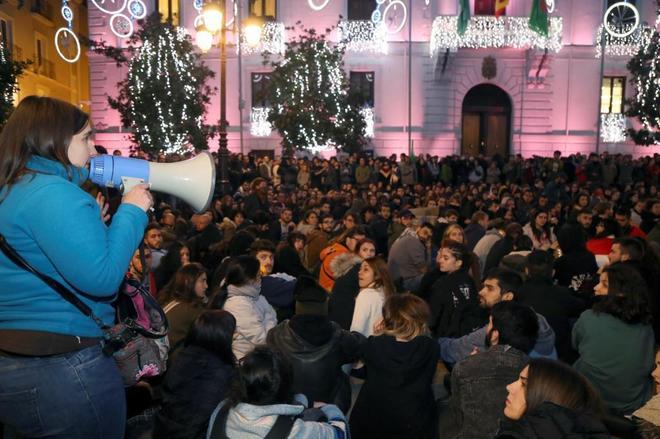 Protesta en Granada contra los resultados de las elecciones andaluzas, donde Vox sacó 12 diputados.
