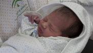 Un bebé nacido el 1 de enero en el Hospital Reina Sofía de Córdoba.