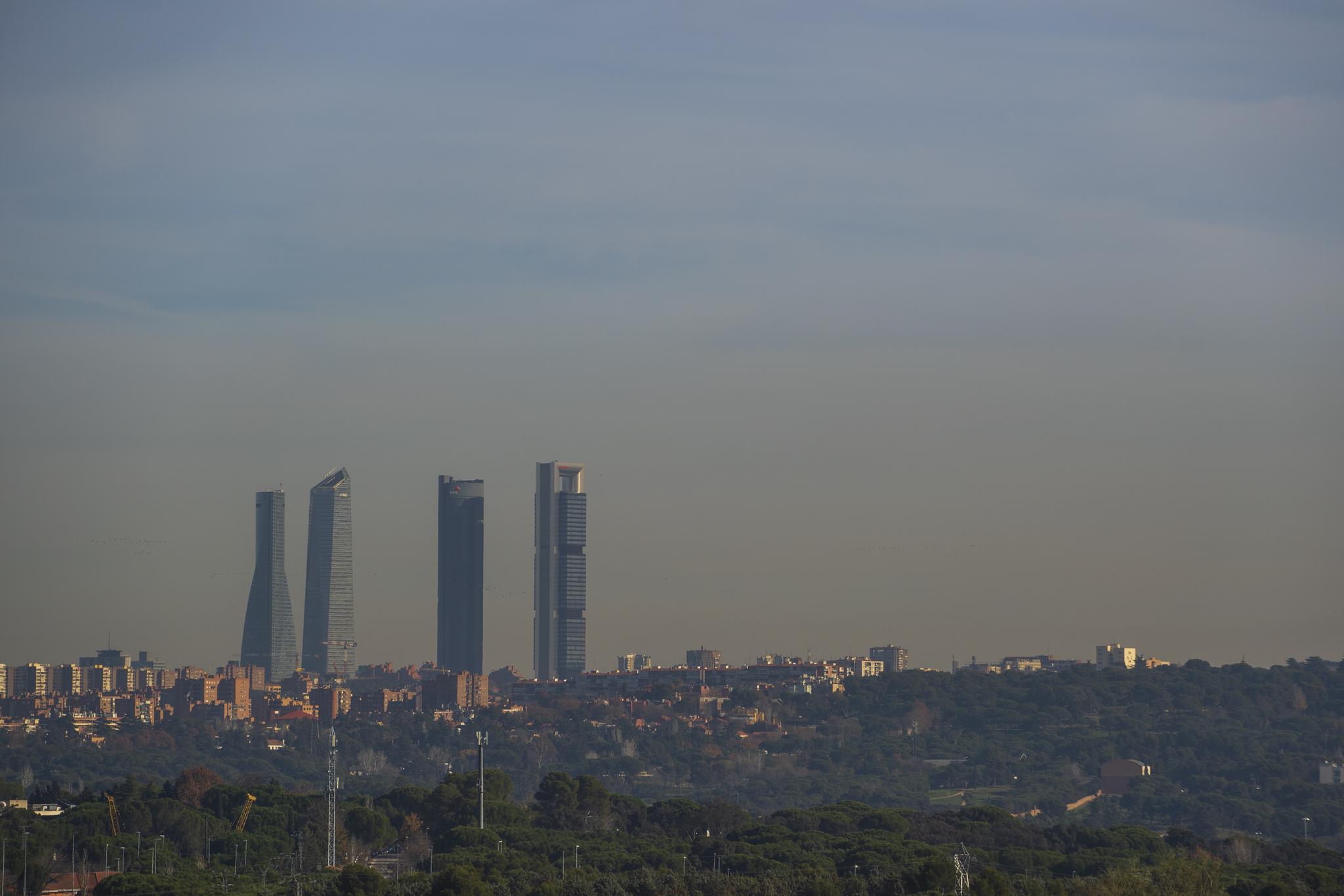 Skyline de Madrid donde se aprecia la boina de conaminación