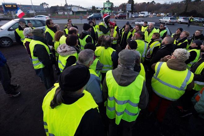Muere un 'chaleco amarillo' tras ser golpeado por un camión en Avignon