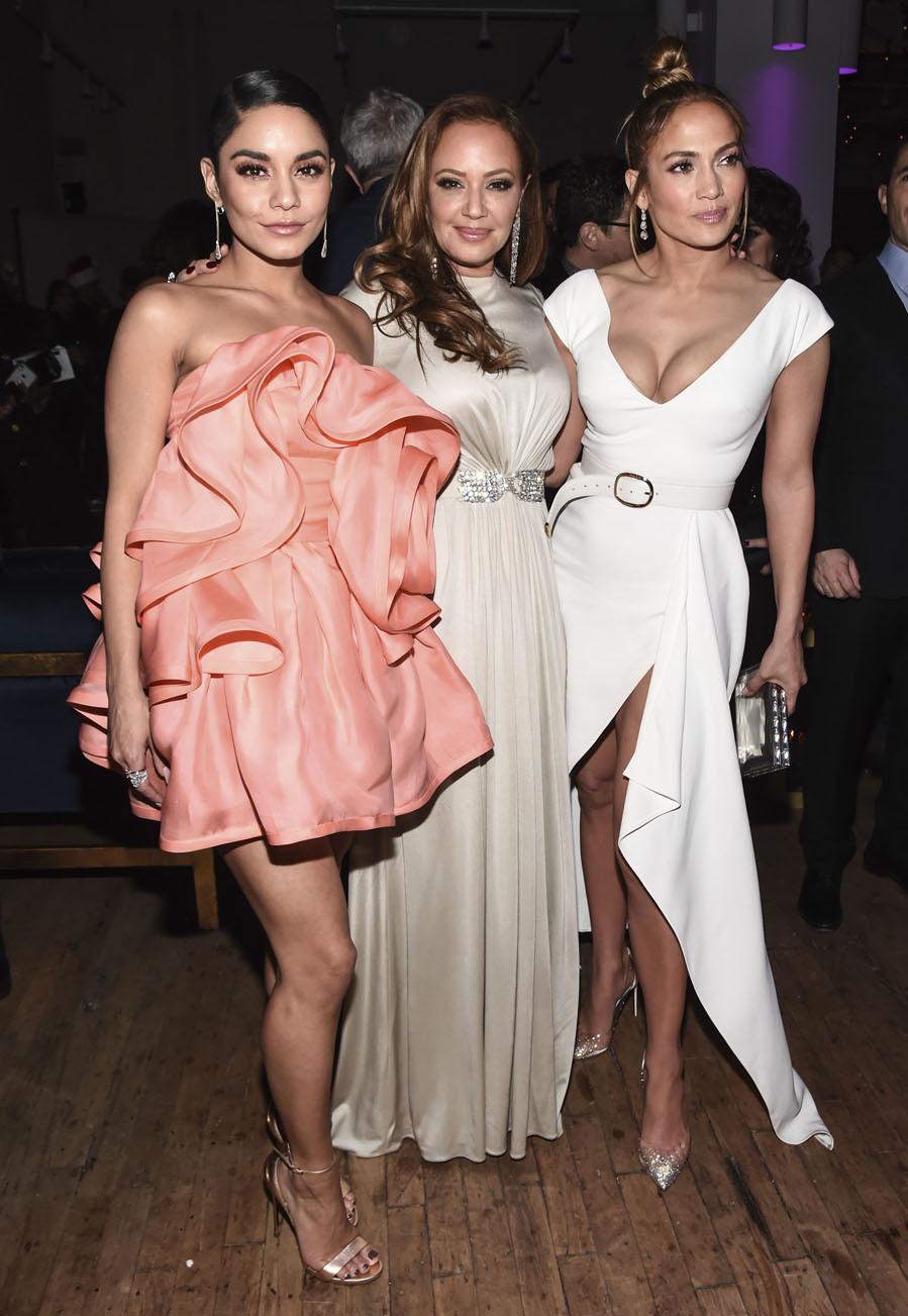 d1169c2081 Jennifer Lopez  Jennifer Lopez y la maratón del color  13 looks en ...