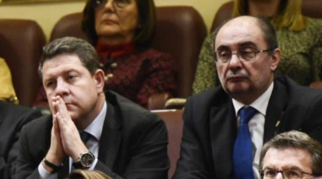 Emiliano García-Page y Javier Lambán, el día 6 en el Congreso con...
