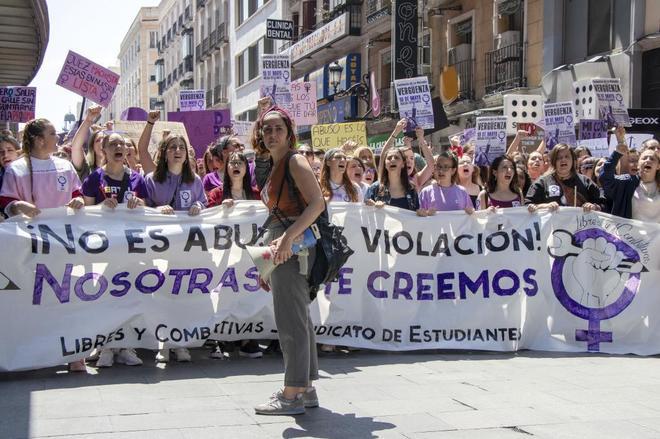 Protesta de estudiantes contra La Manada en Madrid.