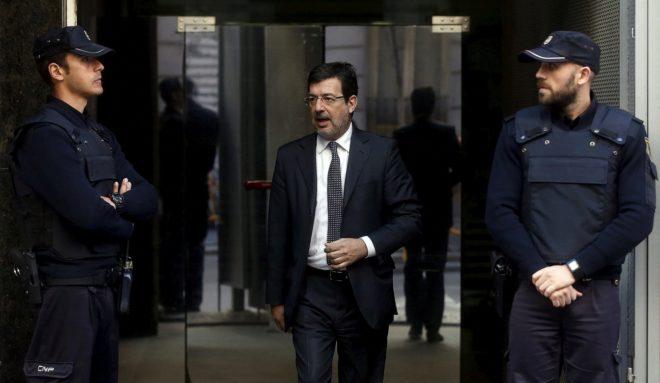 El juez Fernando Andreu a la salida de la Audiencia Nacional, en 2015.