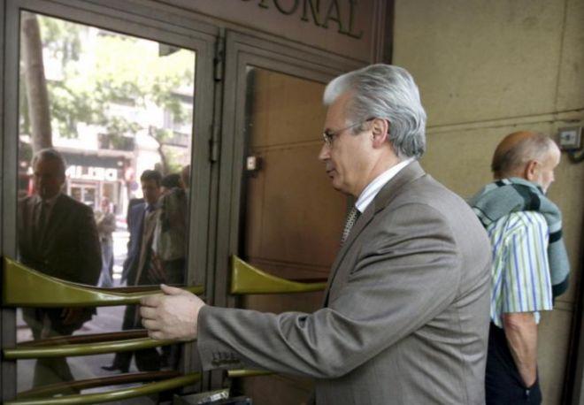 Baltasar Garzón accediendo a la Audiencia Nacional en su época de juez.