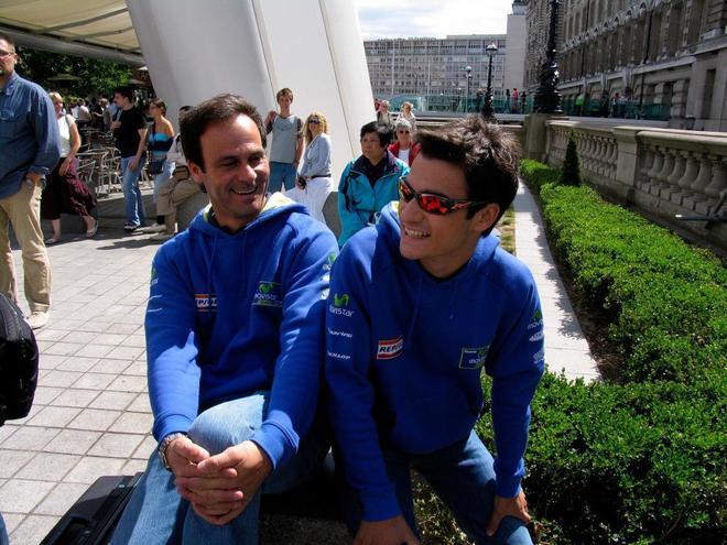 Puig y Pedrosa, en su etapa en el Movistar Honda, de 250cc, en 2005.