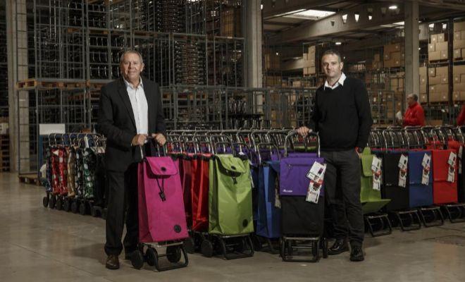 El consejero delegado de Rolser e hijo de los fundadores, Joan Sever, y el director general de Producción, Vicent Server.