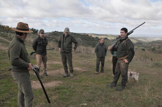 Un grupo de cazadores en Antequera (Málaga).