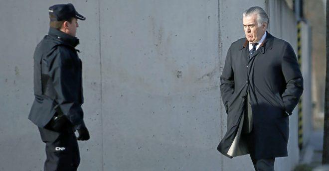 Luis Bárcenas, ex tesorero del PP, a su llegada a la Audiencia Nacional.