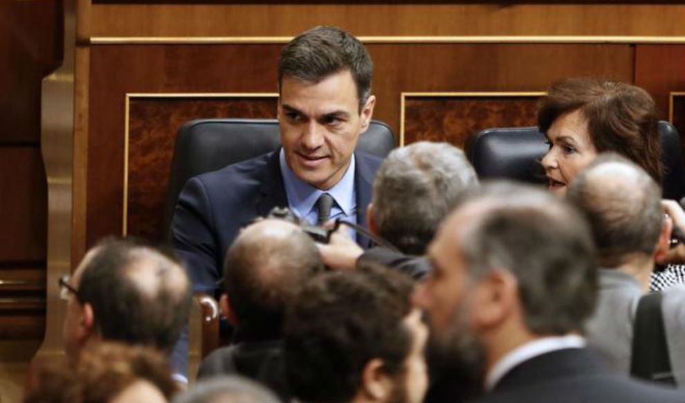 Sánchez y Torra se reunirán en Pedralbes con tres ministros y tres consellers la víspera del 21-D