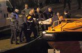 Los cuerpos de dos de los tres marineros fallecidos en el naufragio de...