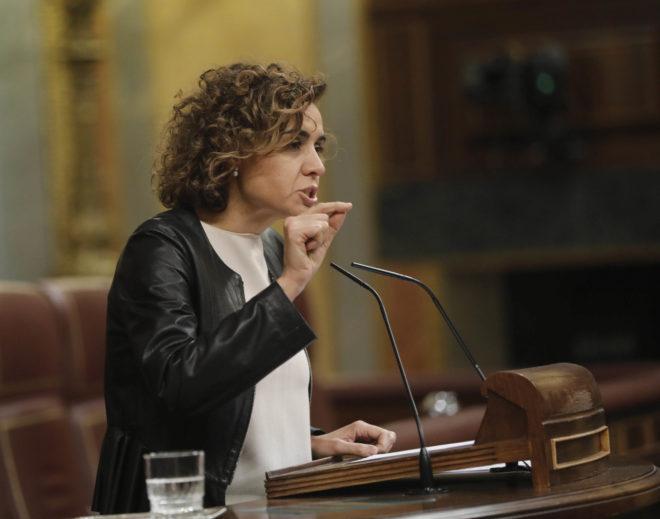 Dolors Montserrat, portavoz del PP en el Congreso, durante el pleno de ayer.